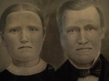 Adolfina och Anders. Anders var bror till Johan Magnusson om vars familj detta inlägg handlar.